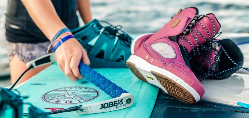 Guide to Women's Specific Wakeboard Boots and Bindings 2017