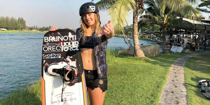 Lisa Baloo & Sanne Meijer Wakeboarding at Thai Wake Park